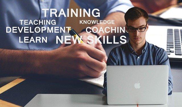 離職率を改善したい管理職必見!コールセンターの教育訓練とは?