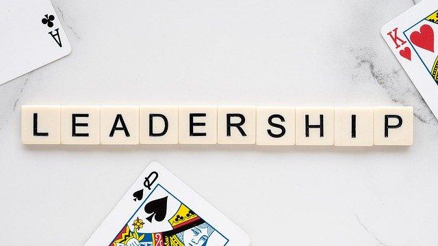 コールセンターの離職率改善は、管理職のリーダーシップ次第!